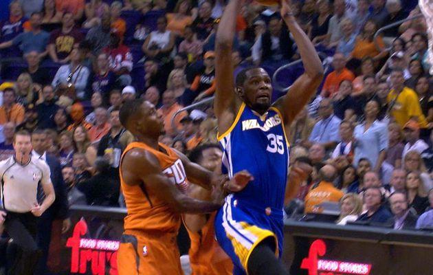 Le Top 10 de la nuit : Kevin Durant claque un dunk rageur