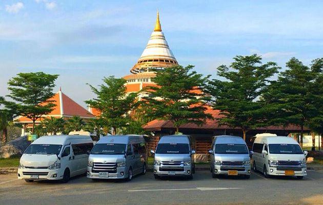 LOCATION DE MINIBUS ET TOURS PRIVÉS EN THAILANDE