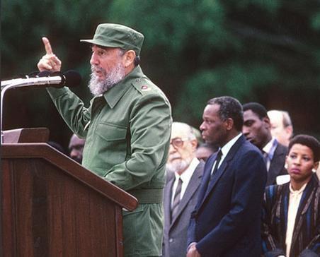 « Le socialisme ou la mort » : discours de Fidel Castro, le 7 décembre 1989.