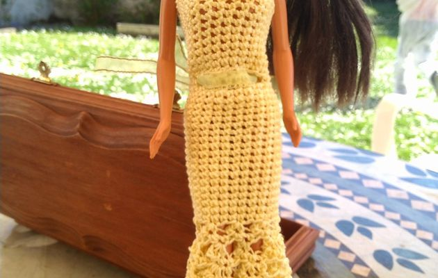 Robes de Barbie au crochet