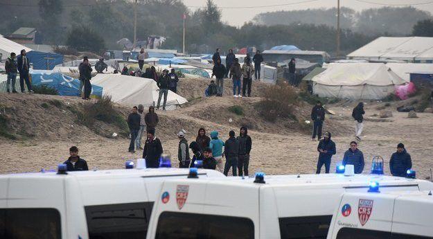 Solidarités avec les migrants  Liberté de circulation et d'installation !