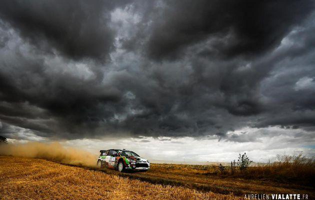 magnifique photo du vainqueur du rallye terre de l'Auxerrois