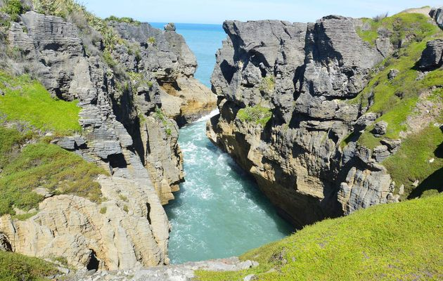 Pancake Rocks and Blowholes