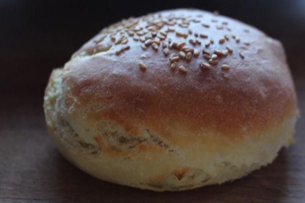 Les bons Buns (hamburger in progress)