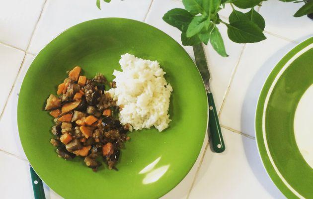Curry végétal aubergines, patates douces et lentilles corail