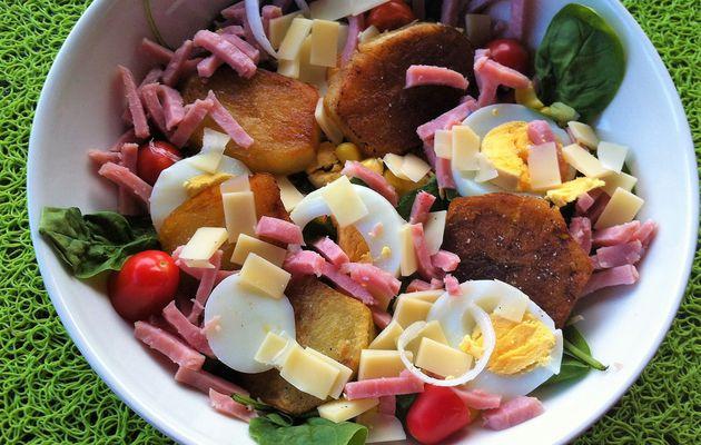 Salade fraîcheur aux pousses d'épinards,râpé de jambon et pommes sautées