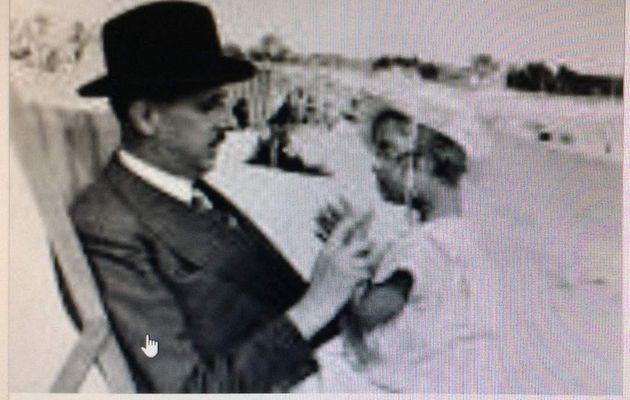 Charles  et Yvonne de Gaulle. Leur fille Anne était handicapée....