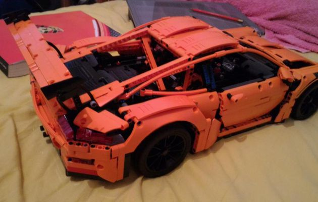 It's alive - II ! (LEGO 42056 Porsche)