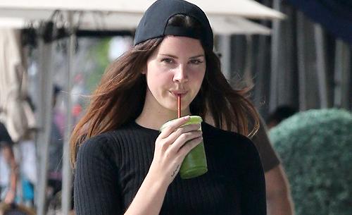 Lana Del Rey à Los Angeles, Etats-Unis (26.04.2017)