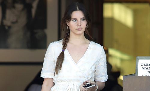 Lana Del Rey à Los Angeles, Etats-Unis. (23.05.2017)