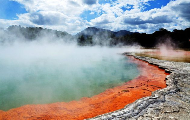 Wai-O-Tapu / Thermal Wonderland