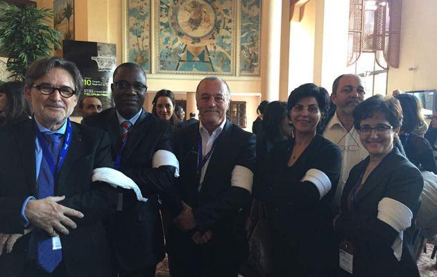 Les Neurologues maghrébins et français portent le  brassard blanc