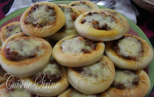 mini pizza :