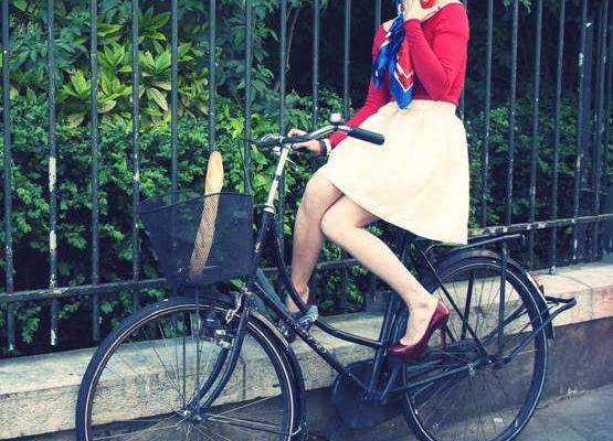 **La mode en bleu, blanc, rouge**