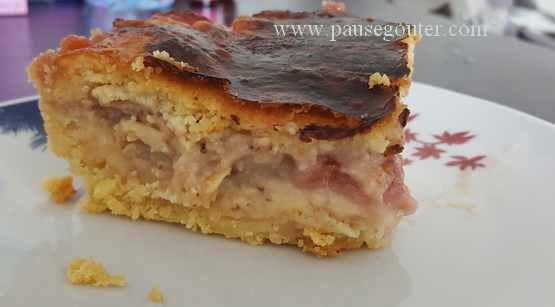 Gâteau basque aux fraises