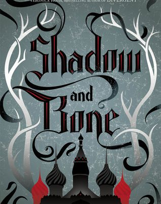 REVIEW : Shadow and Bone by Leigh Bardugo