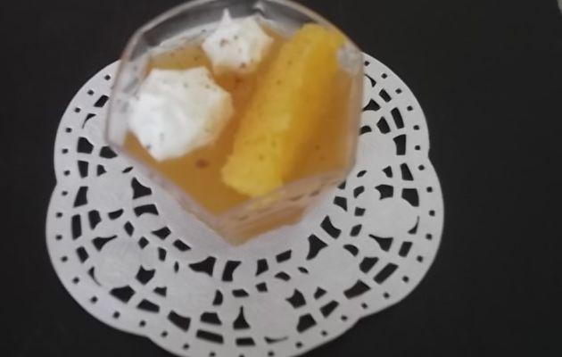 Gelée de vin à l'orange et au miel