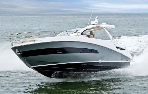 Scoop - Azimut Verve 40, the first weekender of the Italian shipyard