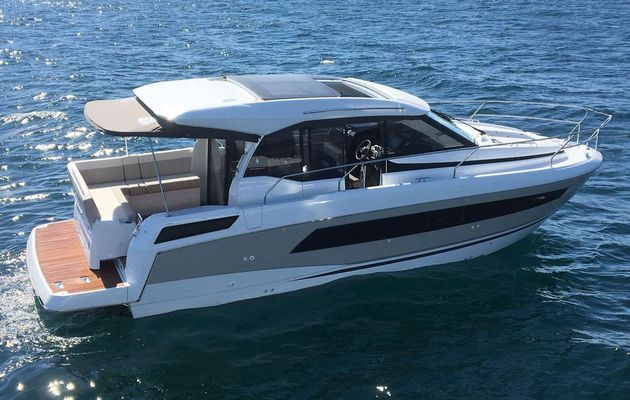 Scoop - First Discovery of the All-New Jeanneau NC33
