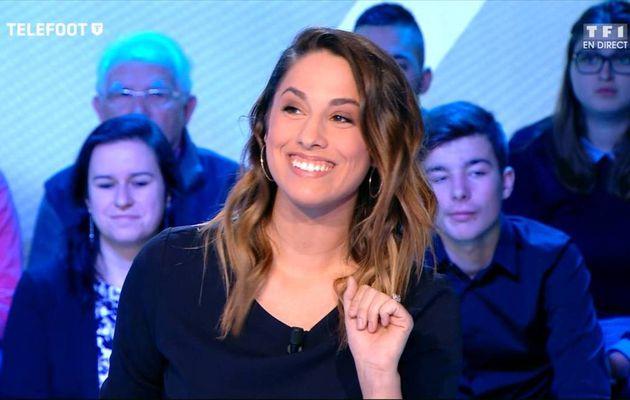 Charlotte Namura Téléfoot TF1 le 11.12.2016