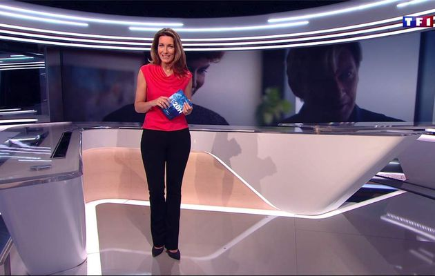Anne-Claire Coudray JT 20H TF1 le 17.02.2017