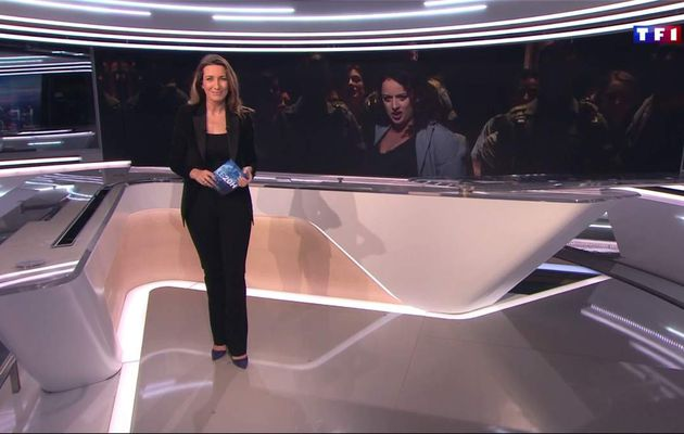 Anne-Claire Coudray JT 20H TF1 le 12.03.2017