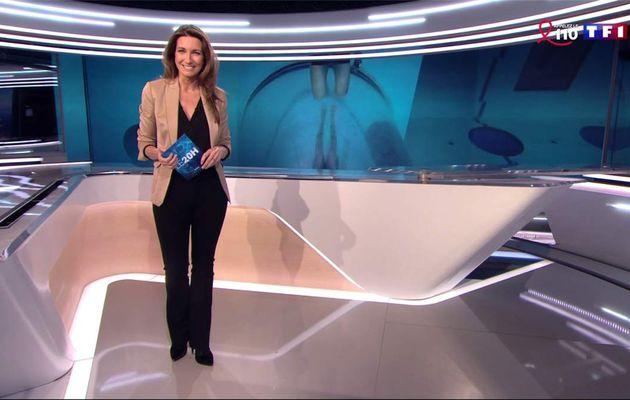 Anne-Claire Coudray JT 20H TF1 le 26.03.2017