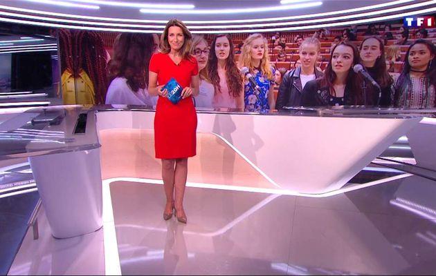 Anne-Claire Coudray JT 20H TF1 le 08.04.2017
