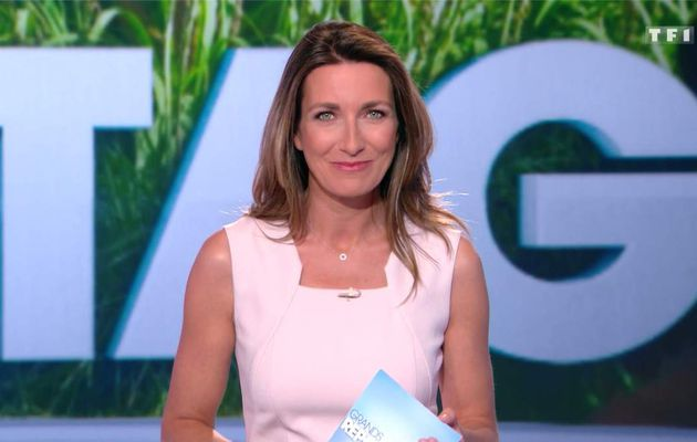 Anne-Claire Coudray JT 13H TF1 le 16.04.2017