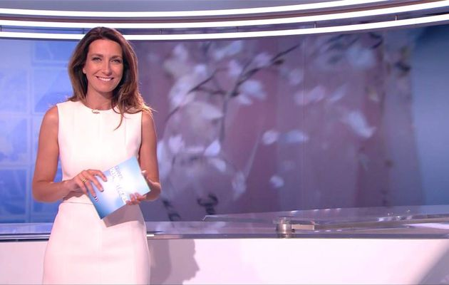 Anne-Claire Coudray JT 13H TF1 le 10.06.2017