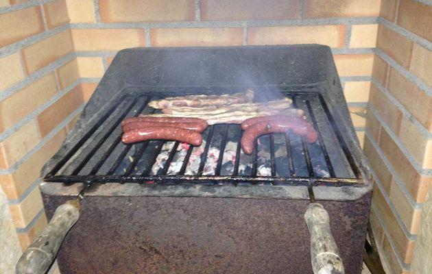 L'homme et le barbecue
