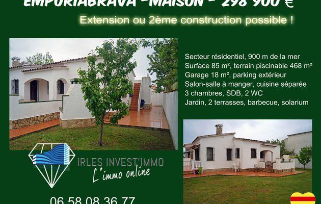 Maison 4 faces à la vente, située à Empuriabrava
