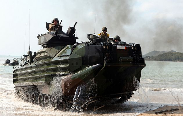 United Defence/FMC Corporation AAV-7