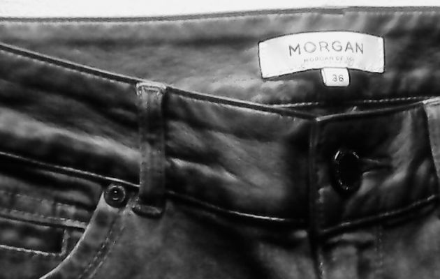 Un skinny anthracite avec Morgan