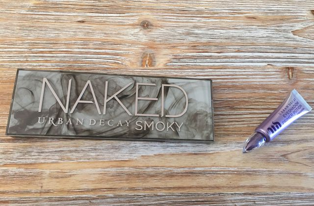 http://swaggie.over-blog.com/2015/08/concours-avec-urban-decay.html