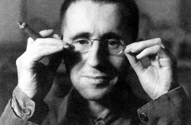 Brecht et la distanciation -  Claude Stéphane PERRIN