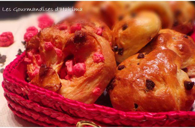 Briochettes chocolat, pralines roses ou brioche Nanterre