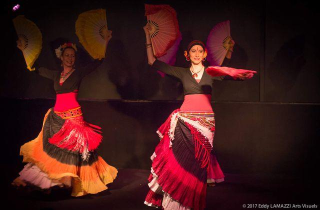 """Photos du spectacle """"Roses d'Or et d'Orient"""" - Tribu Parfum Tribal Parfum Ghawazi"""