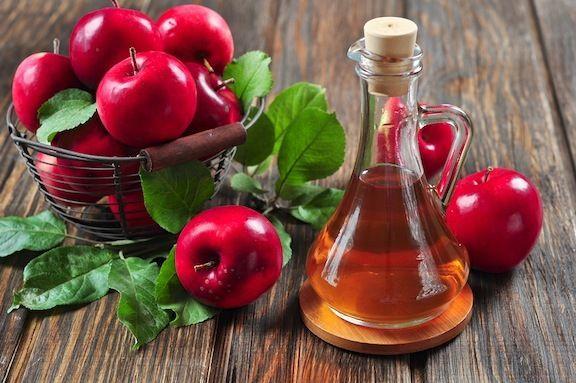 Comment le vinaigre de cidre fonctionne pour vous aider à perdre du poids?