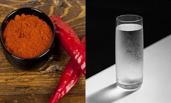 Mettez un peu de poivre de Cayenne dans un verre d'eau, et le boire! Un miracle se produit de 10 secondes