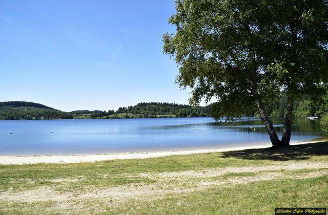 Le Lac de Vassivière en Limousin, un décor naturel sompteux et vivifiant!
