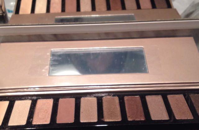 Tutoriel simple pour un makeup nude avec clarins