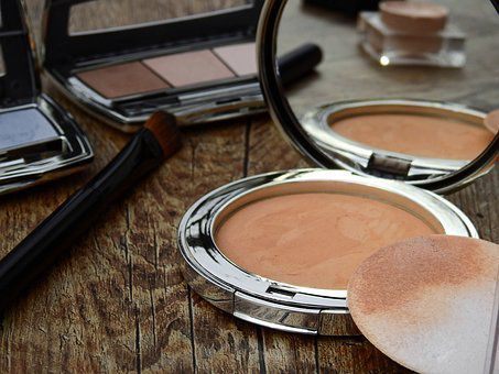 MAQUILLAGE PERIME : ATTENTION A LA SANTE DE VOTRE PEAU !