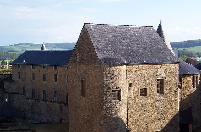 Le chateau fort de Sedan : le plus imposant d'Europe !