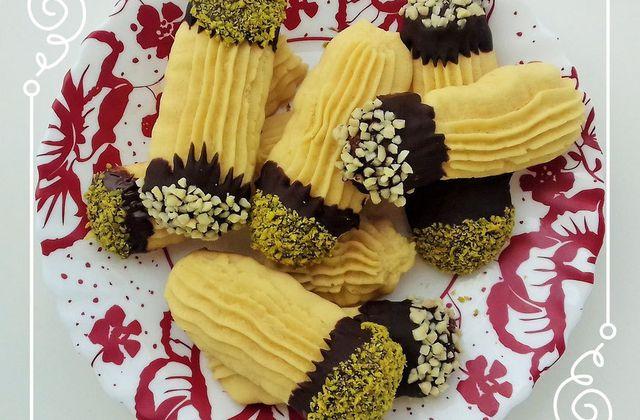 Petits fours au chocolat pistache et amandes concassées halwat el lambout