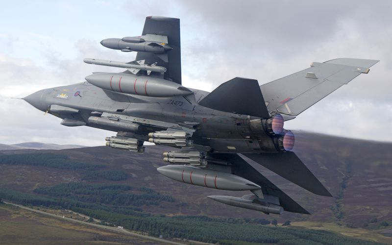 Deux missiles air-sol Brimstone sont tombés d'un Tornado GR.4 de la Royal Air Force lors d'un atterrissage