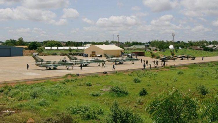 La Force Aérienne Nigériane renforce sa puissance aérienne face à Boko Haram