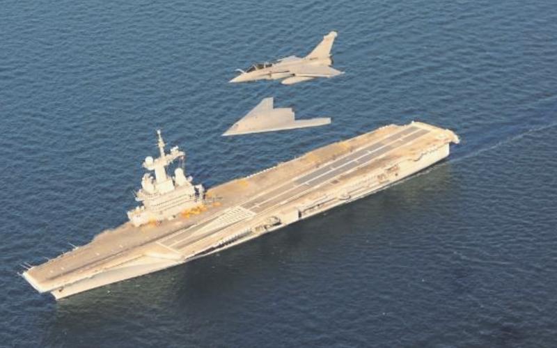 Le drone NEURON a réalisé des essais avec le porte-avions Charles de Gaulle