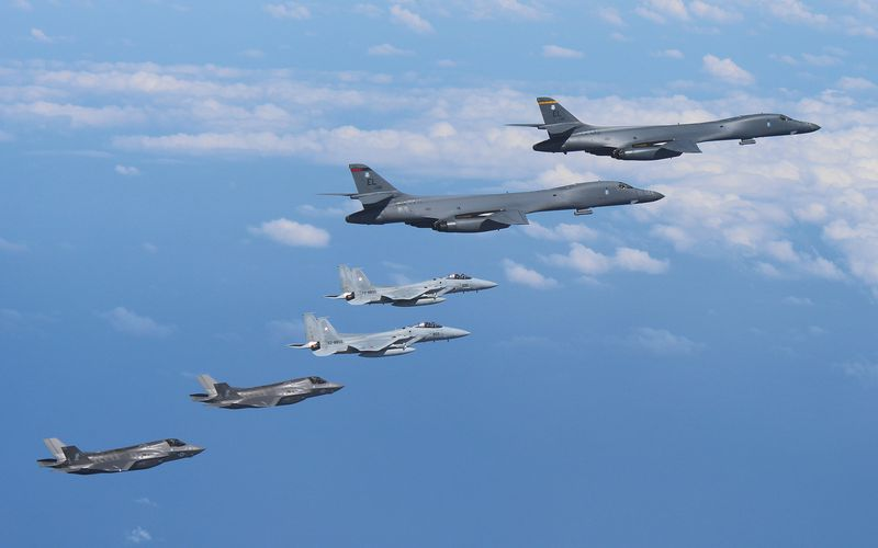 Pour la première fois, des F-35B Lightning II participent aux démonstrations de force face à la Corée du Nord