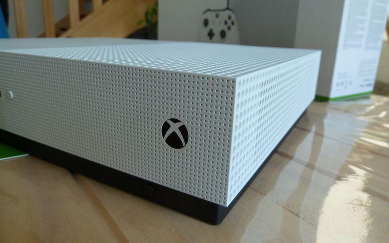 La Xbox One évolue (un peu) et devient la Xbox One S